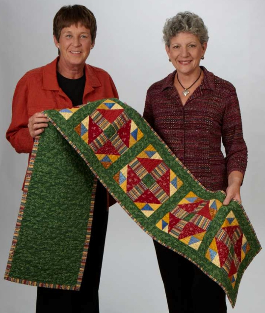Fons and Porter See the Quilt
