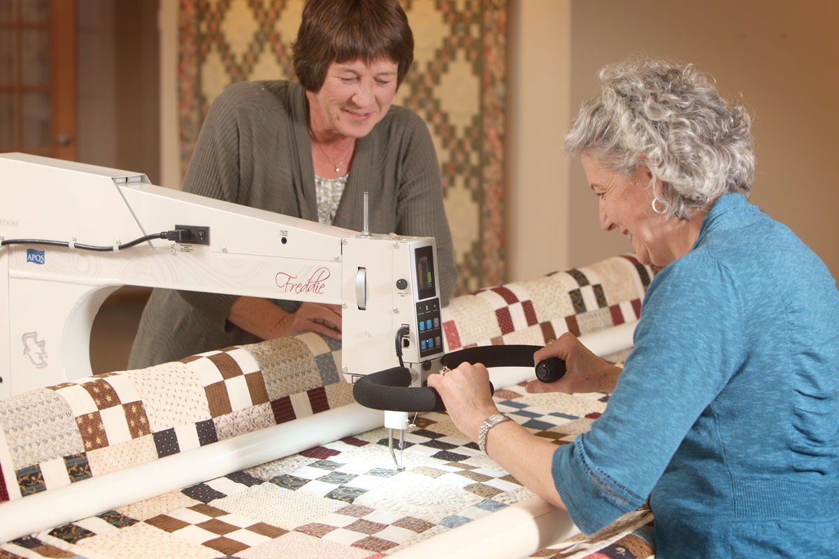 Marianne Fons and Liz Porter Quilting with Freedom