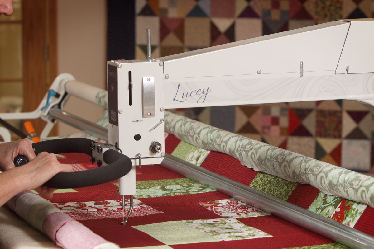 Lucey Longarm Quilting Machine