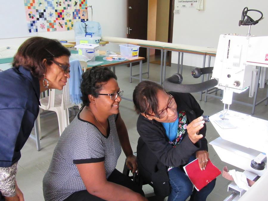Magic Fingers Association, apqs, longarm quilting, dawn cavanaugh, mauritius, Sadhana Ramanjooloo, Mauritius National Women Entrepreneur Council, Ghislaine Bernon