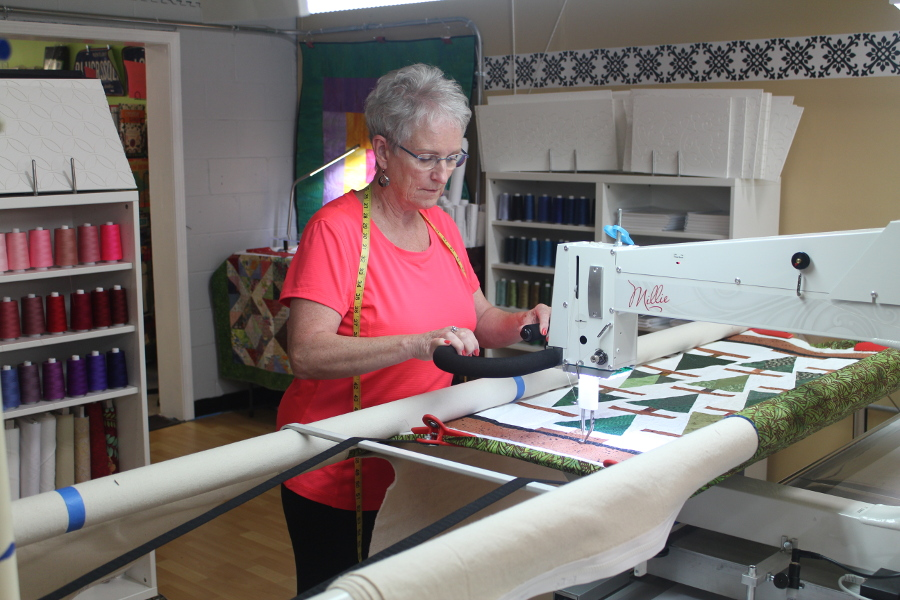 apqs machines, table size, frame size, longarm machine quilting, longarm quilting, millie30, milllie, freddie, lucey, larry, lennis, footprint