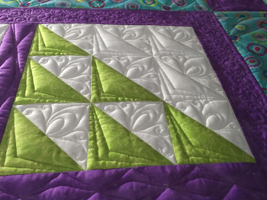 Tracey Russell, Whirls n' Swirls Quilting, APQS Ontario, free quilt pattern, longarm quil pattern, machine quilting, quilting skills, skill builder, machine quilting