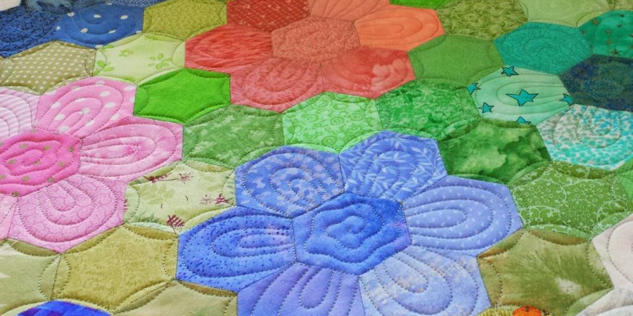 The Story Behind The Quilt Grandmother S Flower Garden Apqs