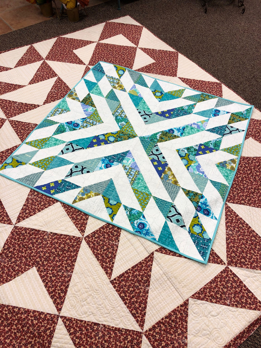 Triangle Quilt Patterns Cool Decorating Ideas
