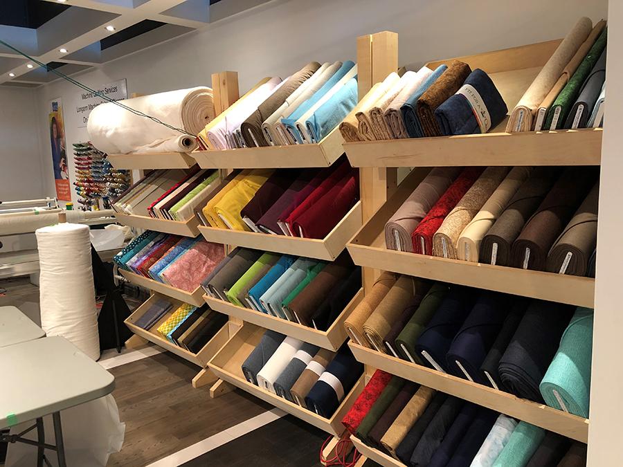sparrow quilt company, bradie sparrow, matt sparrow, apqs quilting, apqs, apqs longarm quilting machine, longarm quilting machine, apqs dealer, apqs showroom, apqs canada