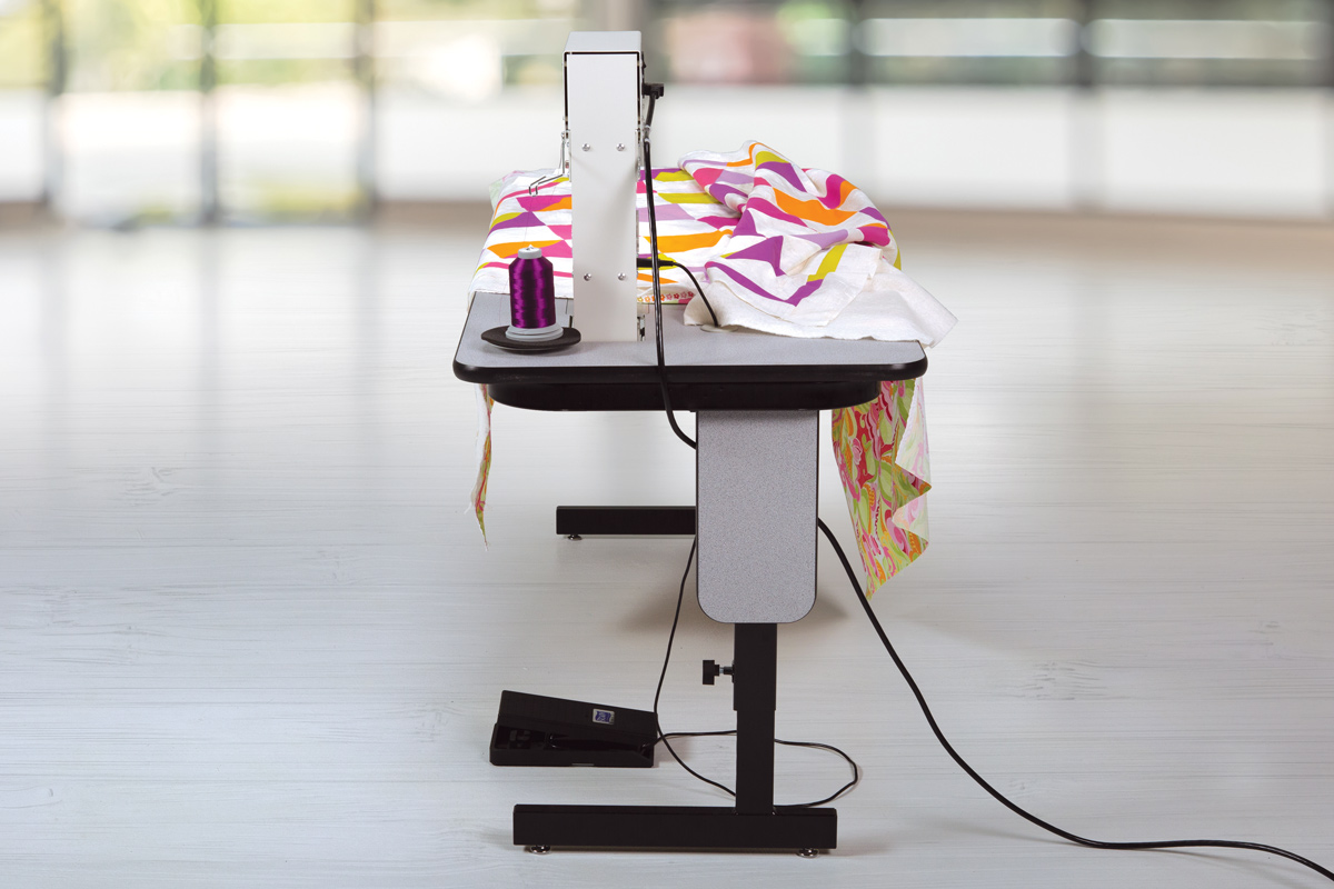 Gallery: George Quilting Machine - Back of quilting machine photo