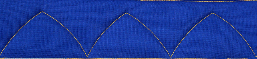 An example of a simple arch border.