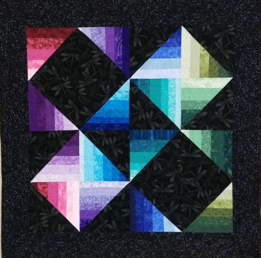 The fully pieced Luscious Luster quilt.