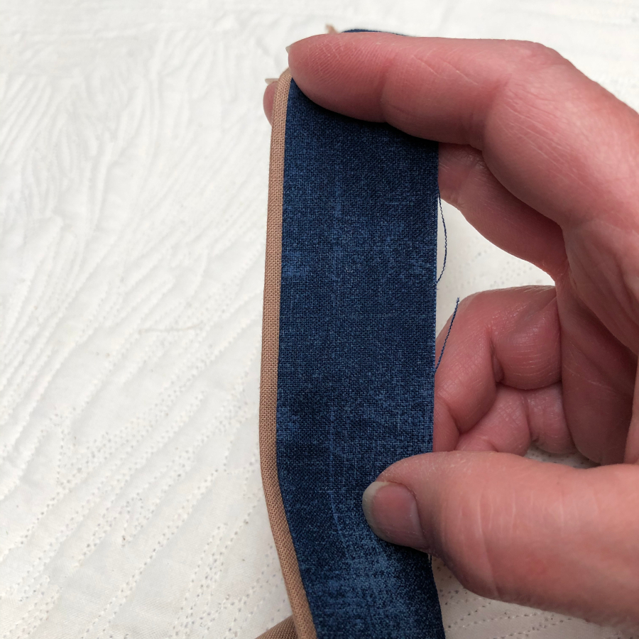 A complete faux binded strip.